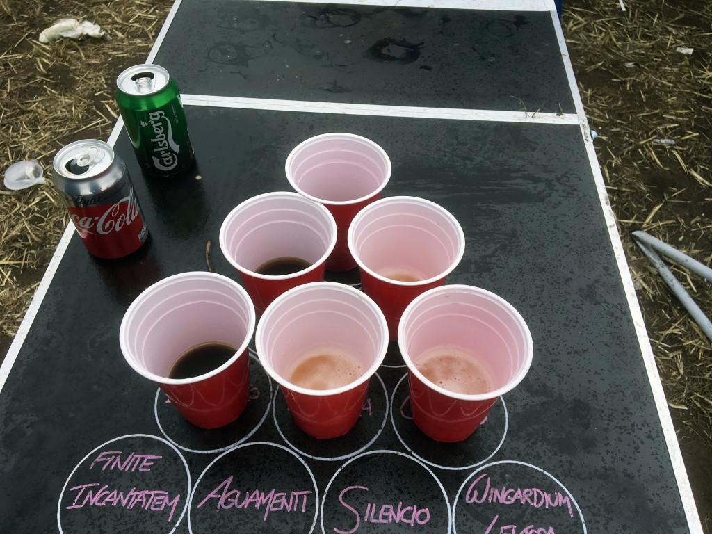Mit Cola Beer Pong spielen - Alkoholfrei auf dem Hurricane 2018