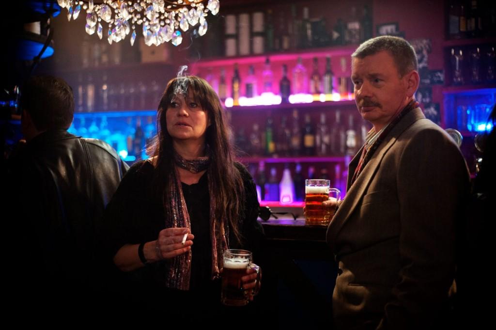 Trine Dyrholm und John Gordon Sinclair mimen Nico und ihren Manager