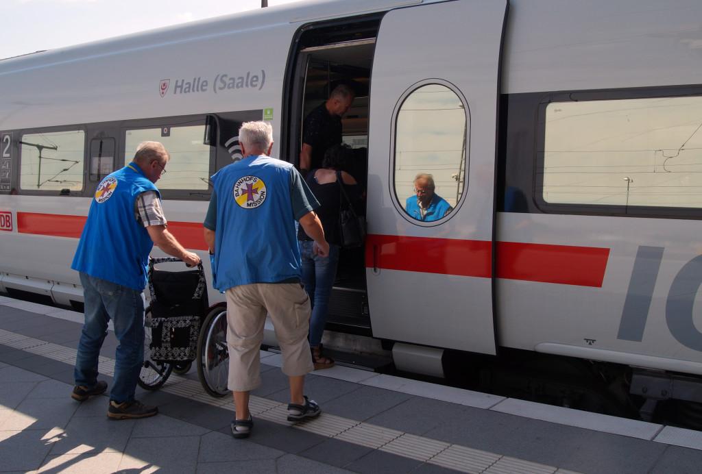 Bahnhofsmission hilft beim Umstieg