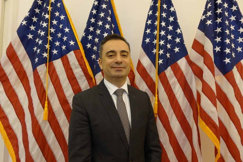Timothy Eydelnant ist seit Juli 2017 im Leipziger Konsulat tätig