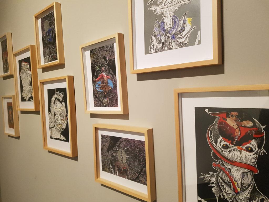 Zeichnungen in der Ausstellung im GRASSI