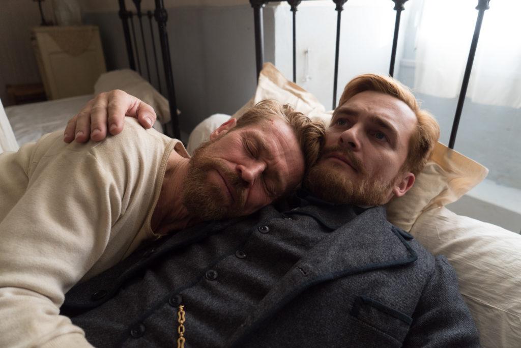 Eine tiefe Bruderliebe verbindet Vincent mit Théo (Rupert Friend), der sich trotz dessen psychischen Problemen um ihn kümmert.
