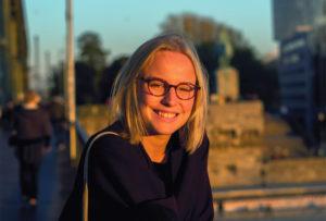 Porträtfoto von Kolumnistin Hanna